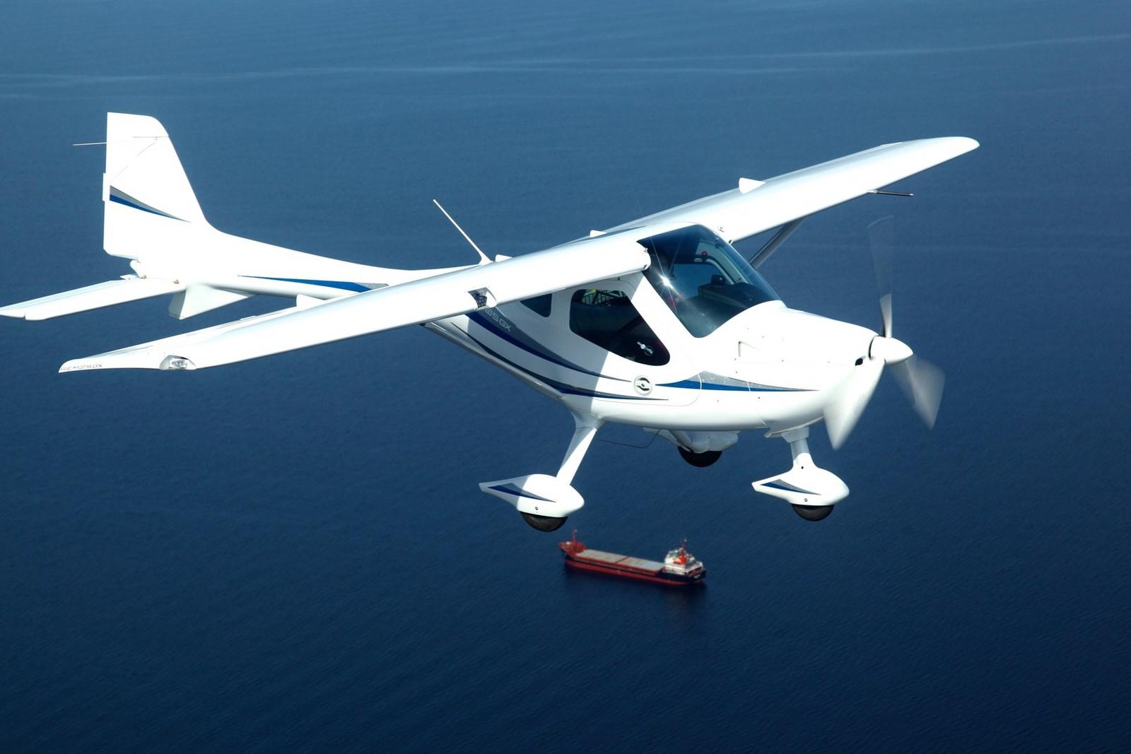 REMOS LIght Sport Aircraft: http://www.mountvernonaviationexpo.com/skybound-aviation/remos-light-sport-aircraft-photo-gallery-remos-light-sport-aircraft10.html